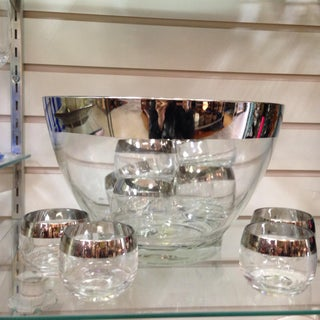 Dorothy Thorpe Silver Band Glass Punch Bowl & 12 Roly Poly Cups Set Preview