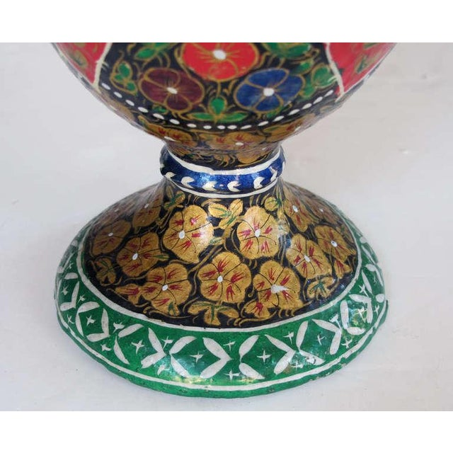 Early 20th Century A Vibrant and Unusual Pair of Kashmiri Papier Mache Polychromed Urns For Sale - Image 5 of 6