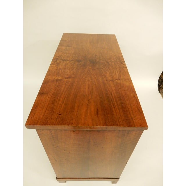 Traditional 19th Century French Walnut Commode For Sale - Image 3 of 9