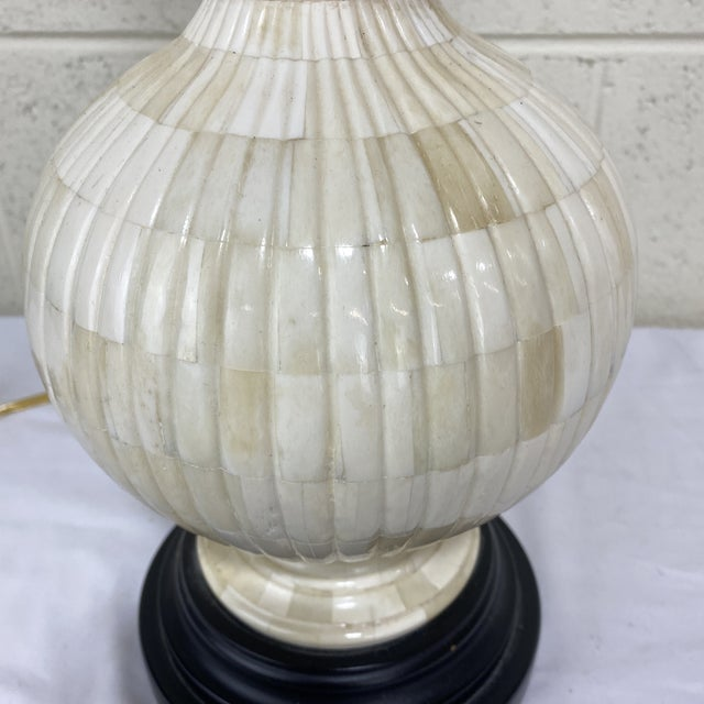 Frederick Cooper Vintage Frederick Cooper Bone Table Lamp For Sale - Image 4 of 13
