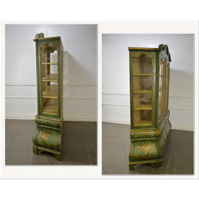 Louis XV Italian Hand Painted Large Bombe Bookcase Breakfront For Sale - Image 3 of 11