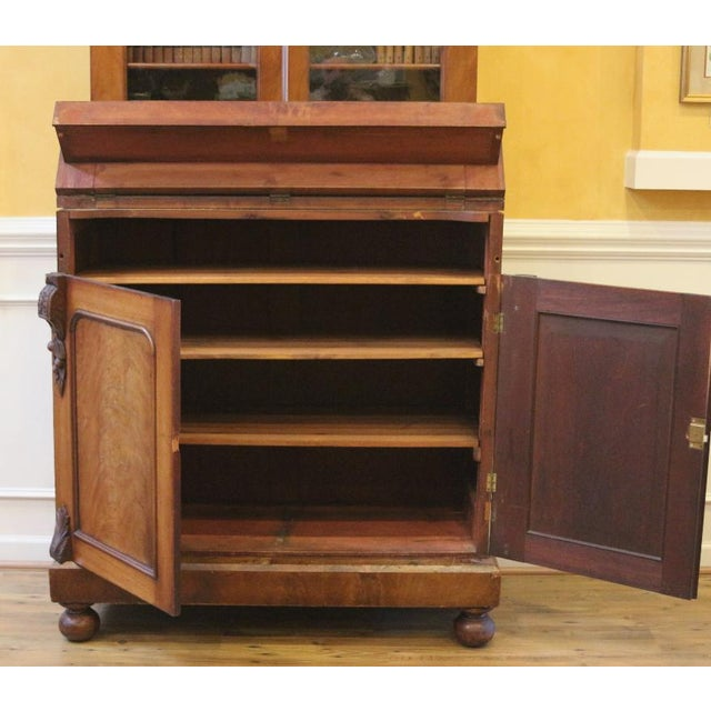 Traditional 19th Century Victorian Mahogany Display Cabinet For Sale - Image 3 of 10