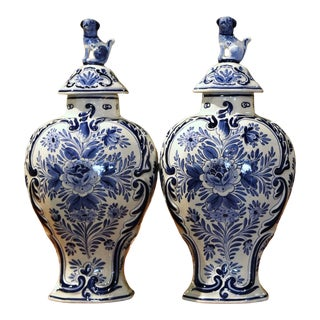 Pair of Mid-20th Century Dutch Blue and White Hand-Painted Delft Ginger Jars For Sale