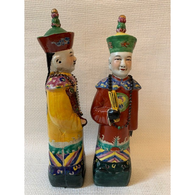 Vintage Chinese Figurines - a Pair For Sale In New York - Image 6 of 8