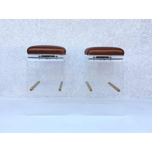 Art Deco Swivel Acrylic and Brushed Brass Barstools by Charles H. Jones - Set of 4 For Sale - Image 3 of 8
