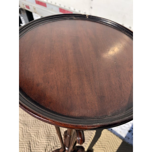 Classic Georgian Style Carved Mahogany Torchiere Plant Stand For Sale - Image 4 of 11