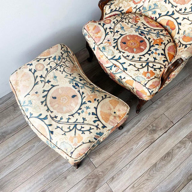 """Louis XV Style Armchair and Ottoman in Brunschwig & Fils """"Dzhambul"""" Fabric For Sale In New York - Image 6 of 8"""