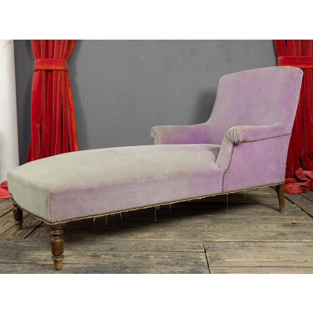 Napoleon III period chaise longue upholstered in a faded lavender velvet. Good vintage condition, fabric needs replacing....