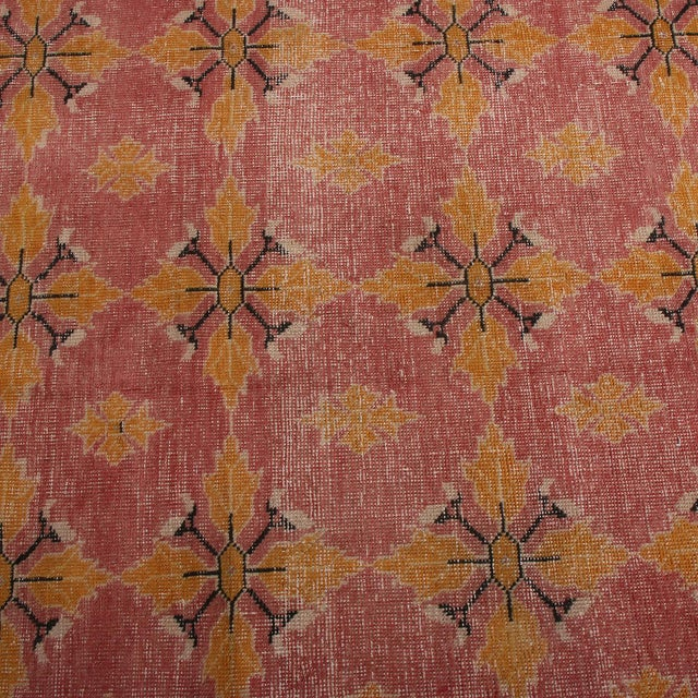 Rug & Kilim Vintage Mid-Century Pink and Gold Wool Rug-4′3″ × 7′7″ For Sale - Image 4 of 9