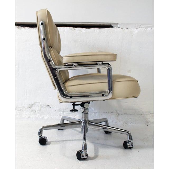Eames Executive Chair