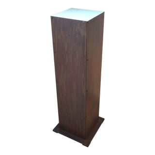Vintage Brutalist Pedestal in Patinated Iron and Illuminated For Sale