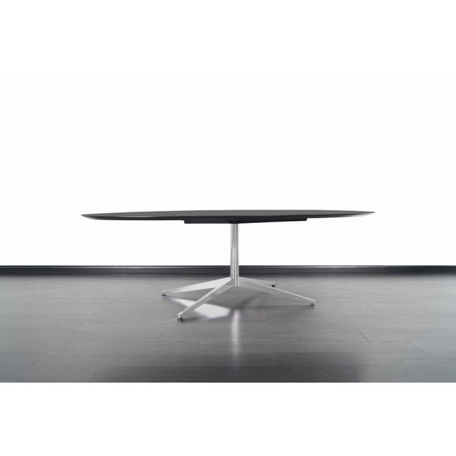 Vintage Executive Desk or Dining Table by Florence Knoll For Sale In Los Angeles - Image 6 of 12