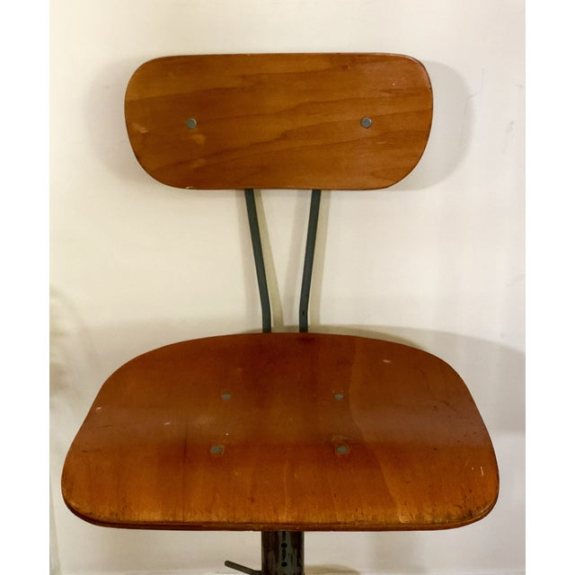 1930s Vintage Industrial Singer Sewing Machine Chair For Sale - Image 6 of 11