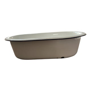 Early 20th Century Enamelware Wash Basin Tub For Sale