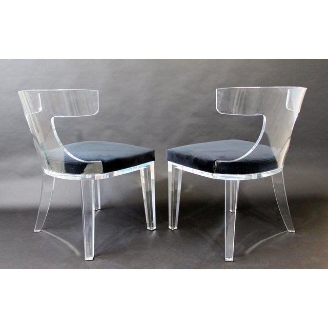 1980s Contemporary Modernist Curved Lucite and Velvet Side Accent Side Chairs-a Pair For Sale - Image 5 of 8