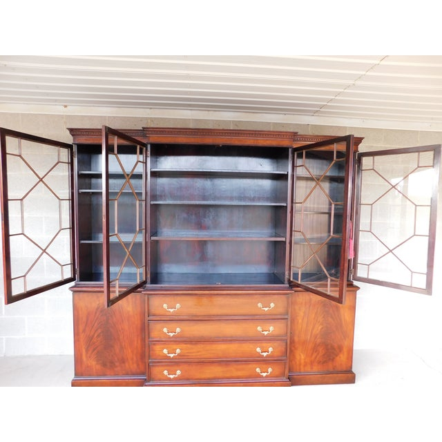 """Antique Georgian Style Mahogany 2pc Breakfront Bookcase Cabinet 95""""w For Sale In Philadelphia - Image 6 of 13"""
