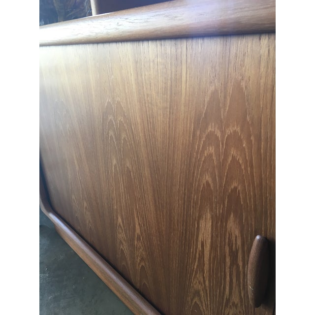 1950s Mid Century Modern Solid Teak Sideboard and Floating Hutch With Accordion Doors For Sale In Los Angeles - Image 6 of 12