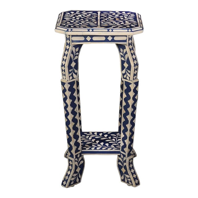 Imperial Beauty Telephone Table in Indigo/White For Sale