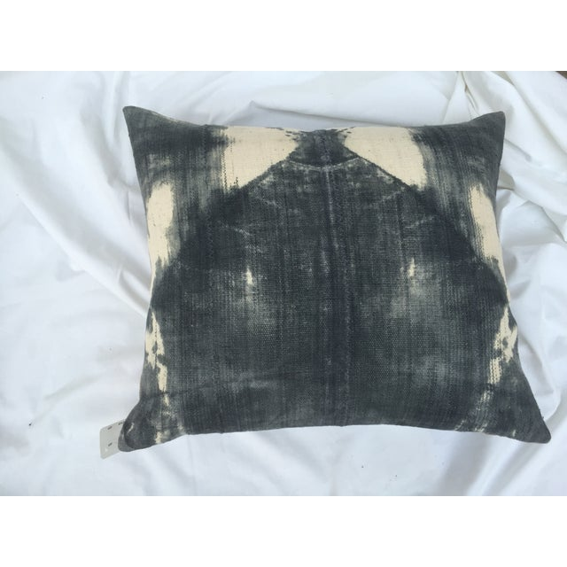 African Grey Tie-Dye Mud Cloth Pillow For Sale - Image 4 of 5