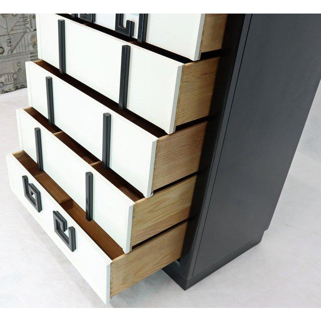 Mid-Century Modern Kittinger Mandarin Style Chest Dresser Black and White Lacquer Five Drawers For Sale - Image 3 of 11