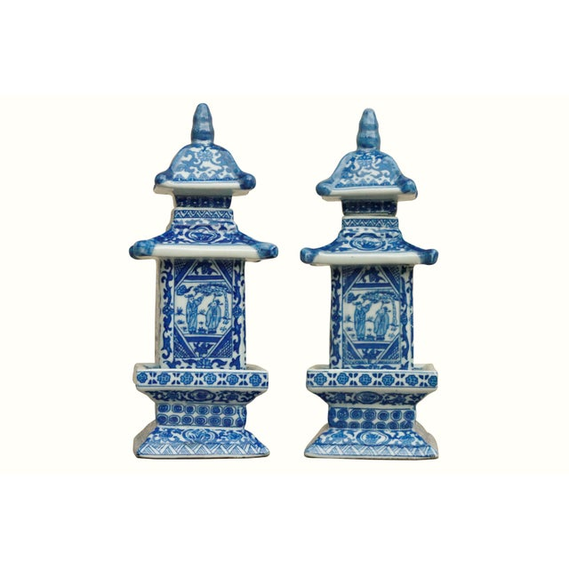 Ceramic Blue & White Chinoiserie Pagoda Jars - a Pair For Sale - Image 7 of 7