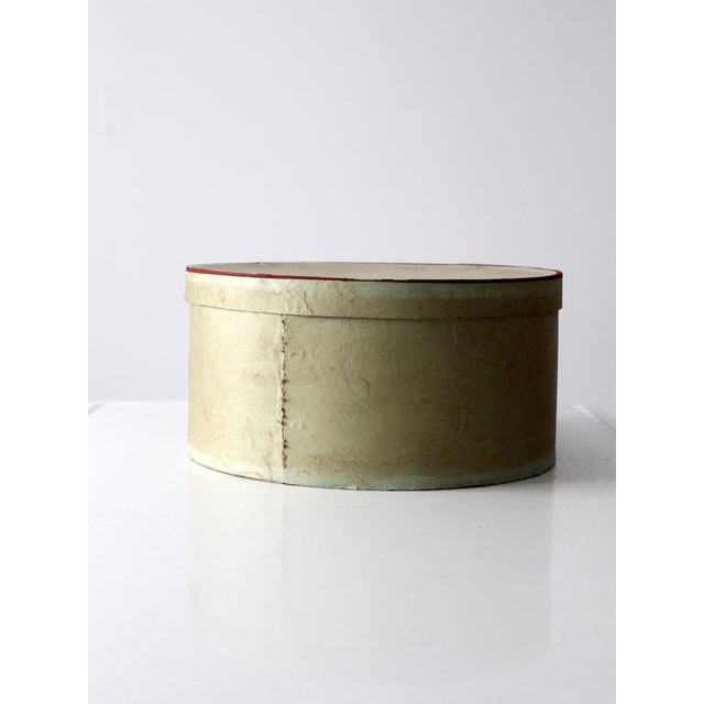 Cottage 1950s Penney's Hat Box For Sale - Image 3 of 8