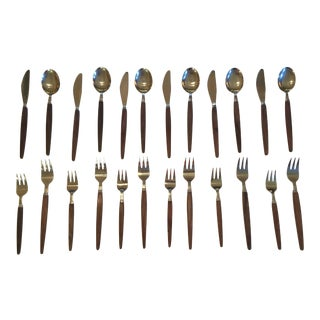 Rostfritt Stal Mid-Century Wood Handled Vintage Flatware- 24 Pieces