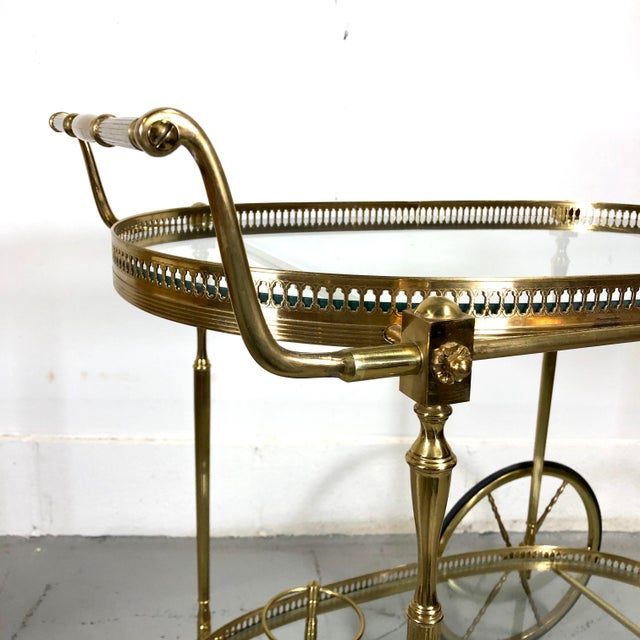Vintage Maison Jansen Style Brass Bar Cart / Trolley For Sale In New York - Image 6 of 13