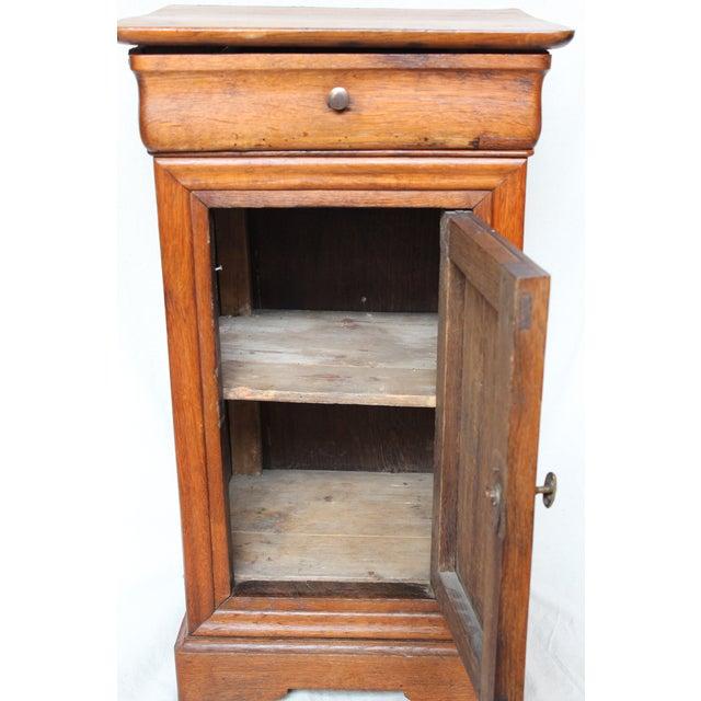 Mid-Century Modern Louis Phillipe 1840 Oak Commode For Sale - Image 3 of 8