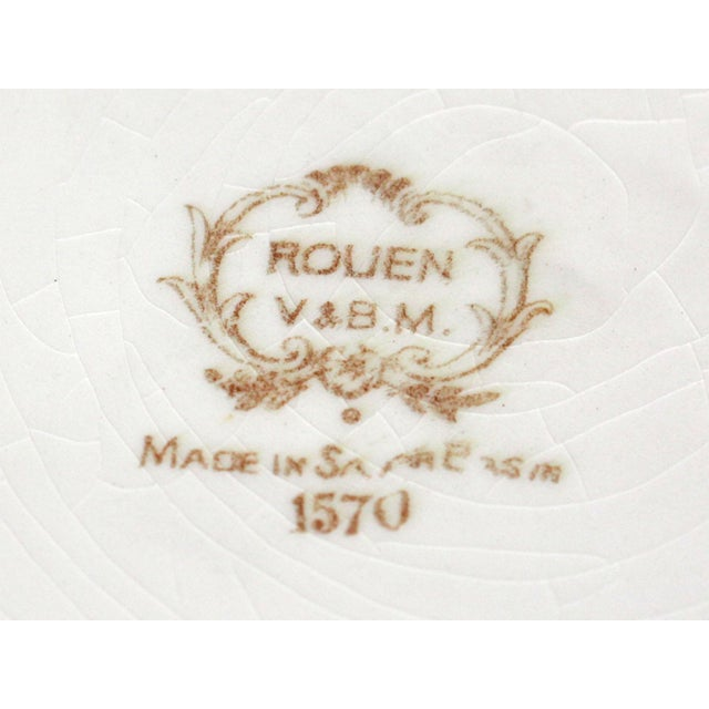 Late 19th Century 1800s Franco-German Hand-Painted Porcelain Rouen Saar Basin Plate For Sale - Image 5 of 6