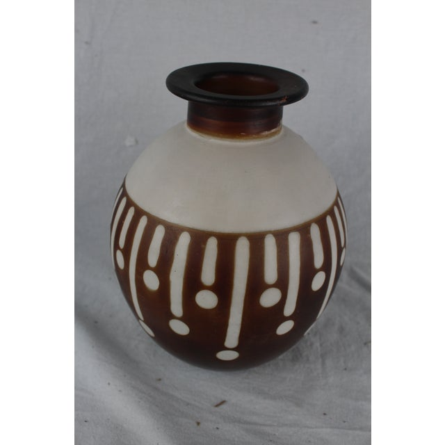 Santodio Mid-Century Modern Pottery Vase For Sale In New York - Image 6 of 8