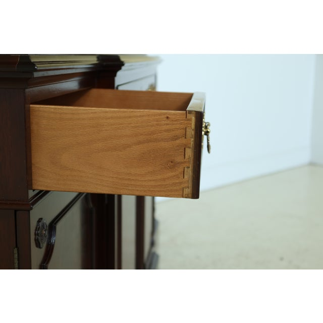 Kittinger Richmond Hill Collection Mahogany Breakfront For Sale - Image 10 of 13