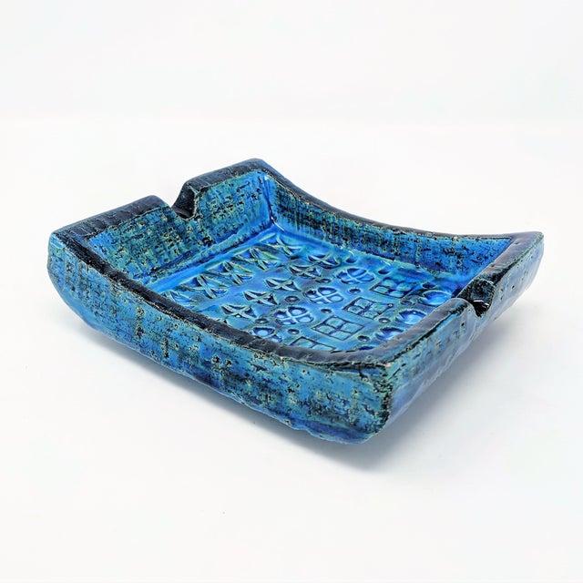 Mid-Century Modern Mid-Century Rimini Blue Aldo Londi Bitossi Ceramic Ashtray for Raymor For Sale - Image 3 of 8