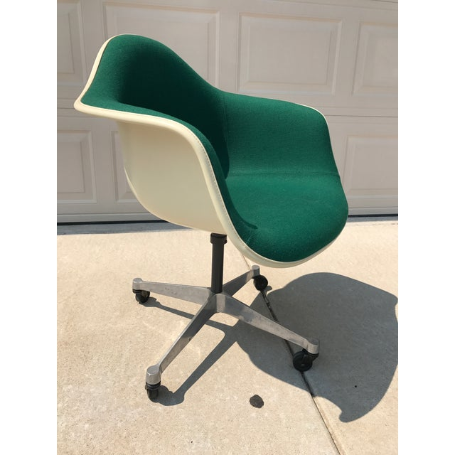 Herman Miller Eames Rolling Shell Chair - Image 6 of 11