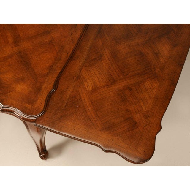 1930s Vintage French Louis XV Cherry Wood Draw Leaf Table For Sale - Image 5 of 11