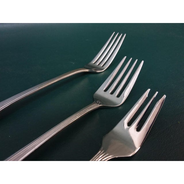 Mid 20th Century Vintage Wallace 'Tiara' Flatware, Service for 12 For Sale - Image 5 of 13