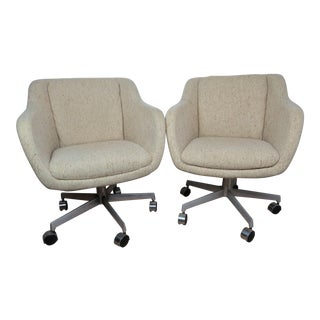 Mid-Century Modern Shelby Williams Swivel Rolling Lounge Chairs - a Pair For Sale