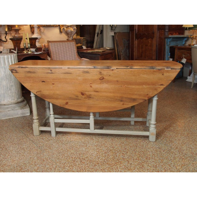 19th Century Swedish Peach Pine Dining Table For Sale In New Orleans - Image 6 of 13