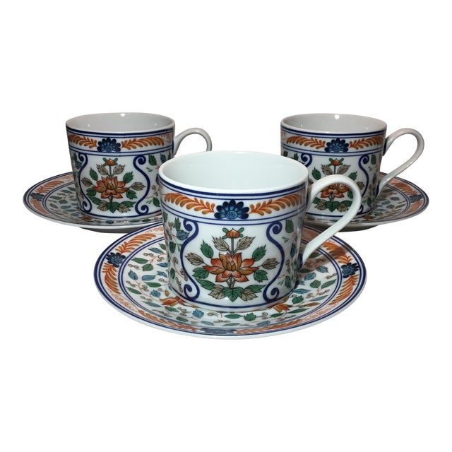 Imari Blossoms Teacups and Saucers by Georges Briard - Service for 3 For Sale