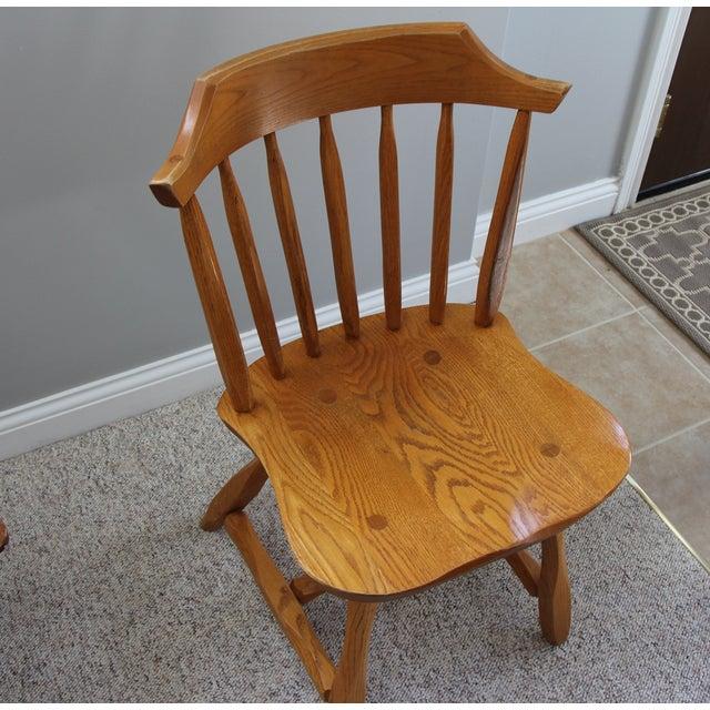 Hunt Country Furniture Oak Trestle Dining Set - Image 5 of 5