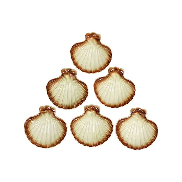 Mid-Century French Scallops Jacques / Hors d'Oeuvres Dishes - Set of 6 For Sale - Image 4 of 4