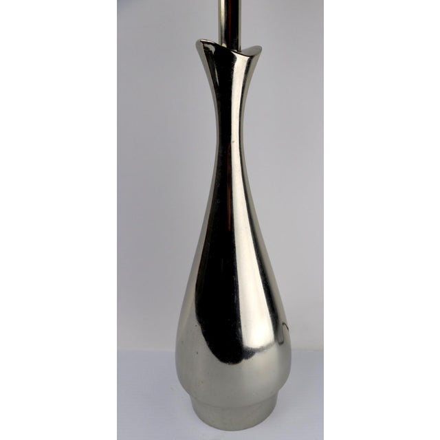 Pair of Teardrop Form Laurel Lamps Attributed to Tony Paul For Sale In New York - Image 6 of 11