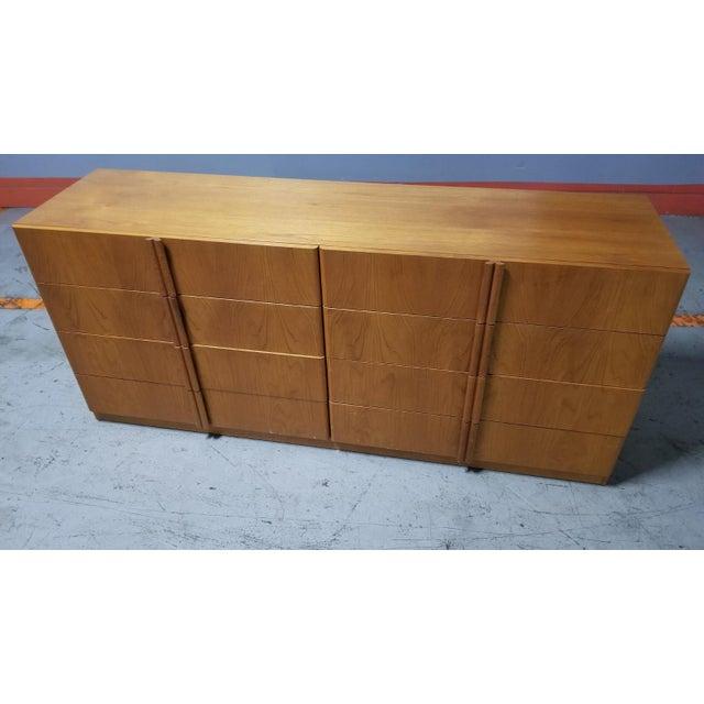 Mid Century Modern Danish 8 Drawer Credenza Dresser For Sale In Chicago - Image 6 of 12