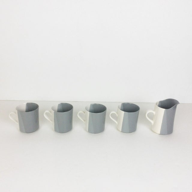 Modern Gray and White Mugs and Pitcher Set With Asymmetrical Line Pattern - 5 Piece Set For Sale - Image 10 of 13