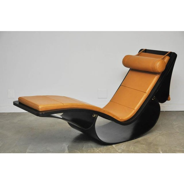 "Fasem Original ""Rio"" Rocking Chaise by Oscar Niemeyer For Sale - Image 4 of 7"