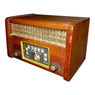 1946 General Electric Table Radio For Sale
