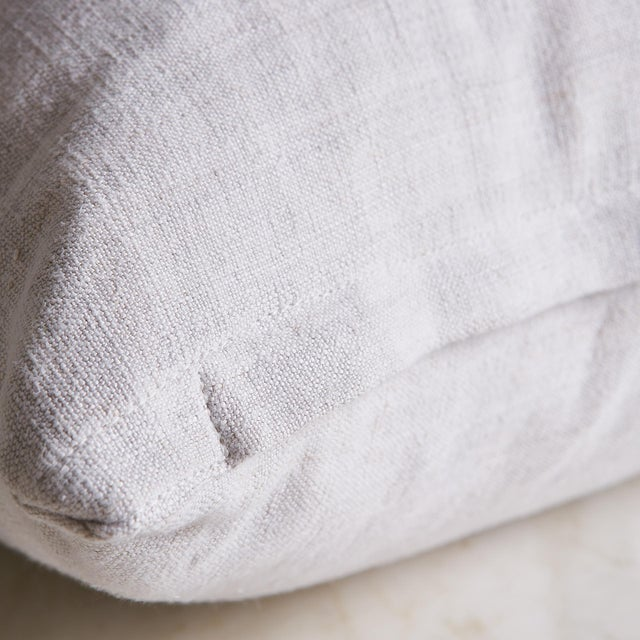"""Contemporary Vintage Linen Pillow Cover 22"""" x 22"""" For Sale - Image 3 of 7"""