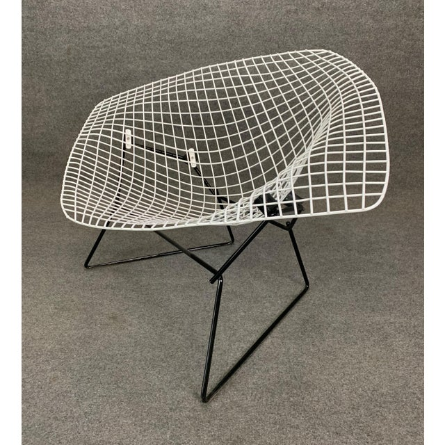 Metal Vintage Mid Century Modern Large Diamond Chair by Harry Bertoia for Knoll For Sale - Image 7 of 11