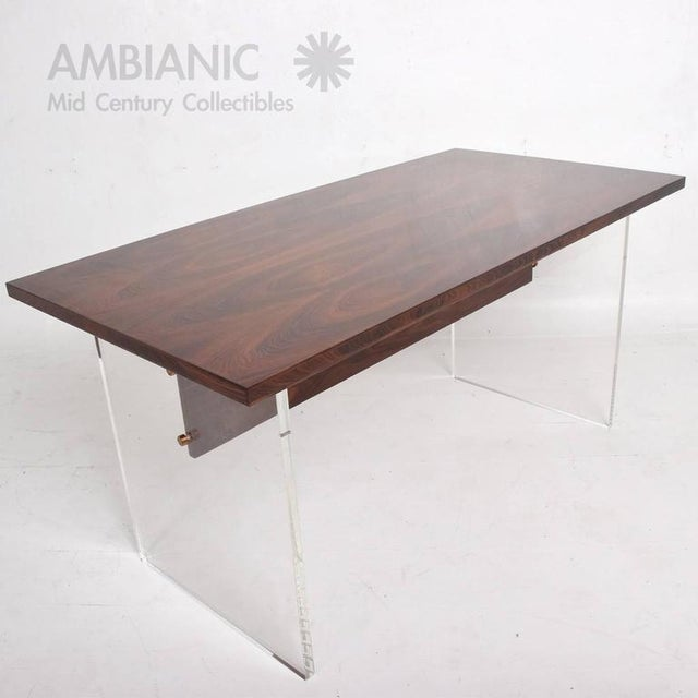 Mid-Century Modern Rosewood and Lucite Table For Sale - Image 9 of 10