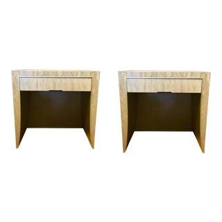 Pair of Henredon Rockefeller End Tables For Sale